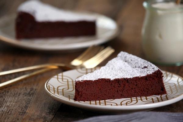 کیک تهیه شده با تین پلاس - محصول پدیده شیرین